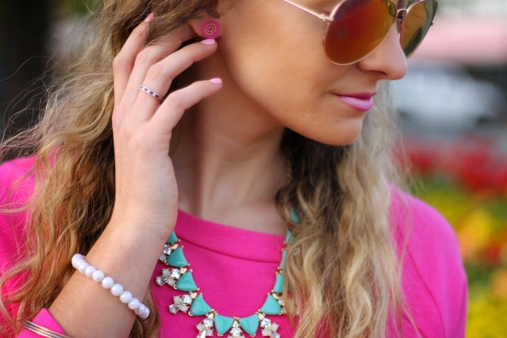 Rocksbox Perry Street Kayla Necklace - Moon & Lola Gold Stamped Eden Earrings