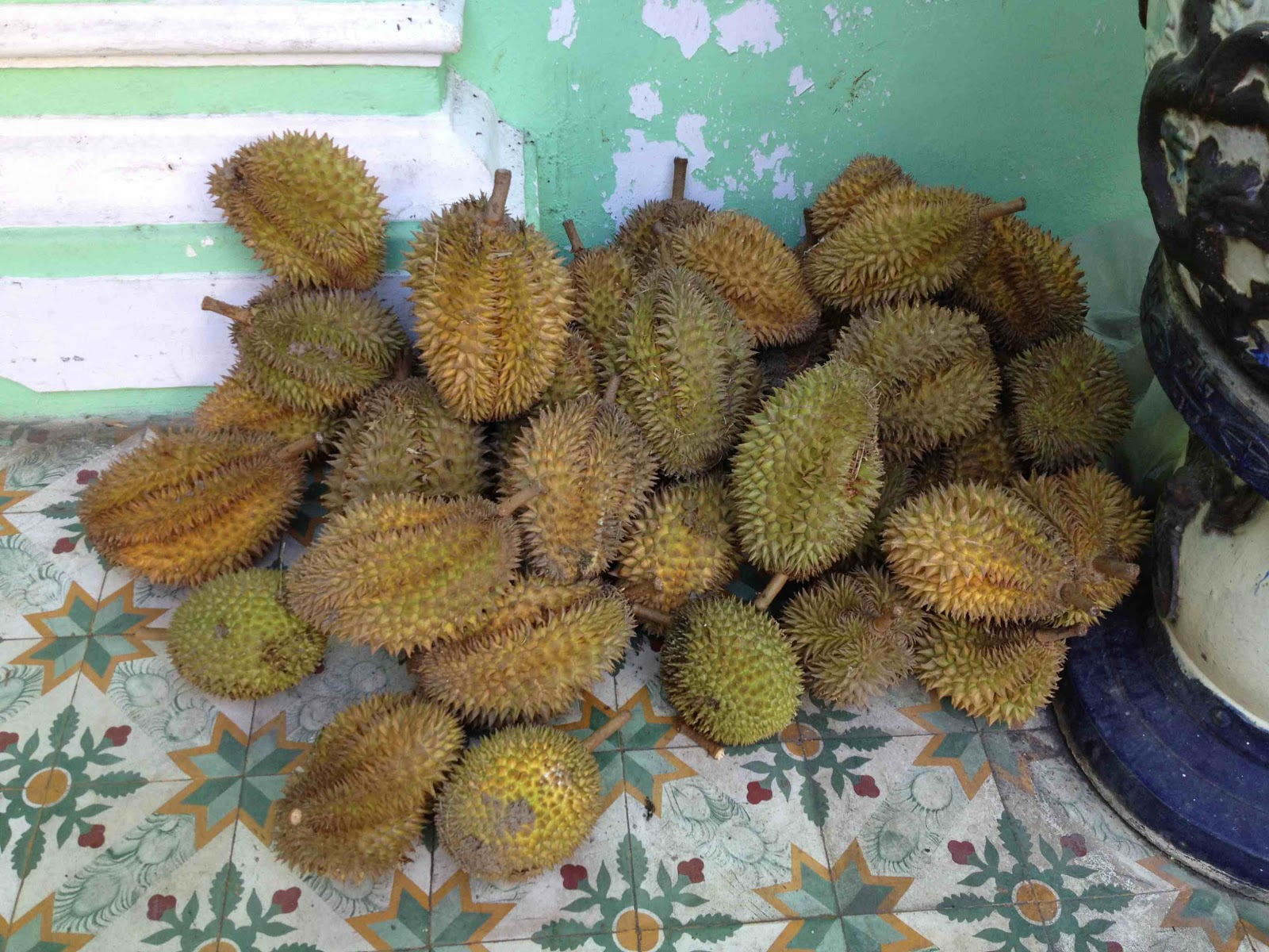 durian fruit how to eat