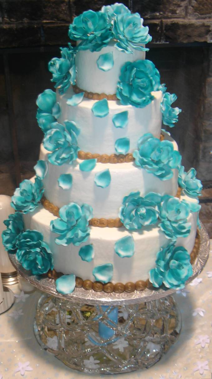 wedding cakes with turquoise blue color food and drink
