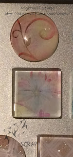 Floral magnet © Caroline B (Nightwolf Scraps)