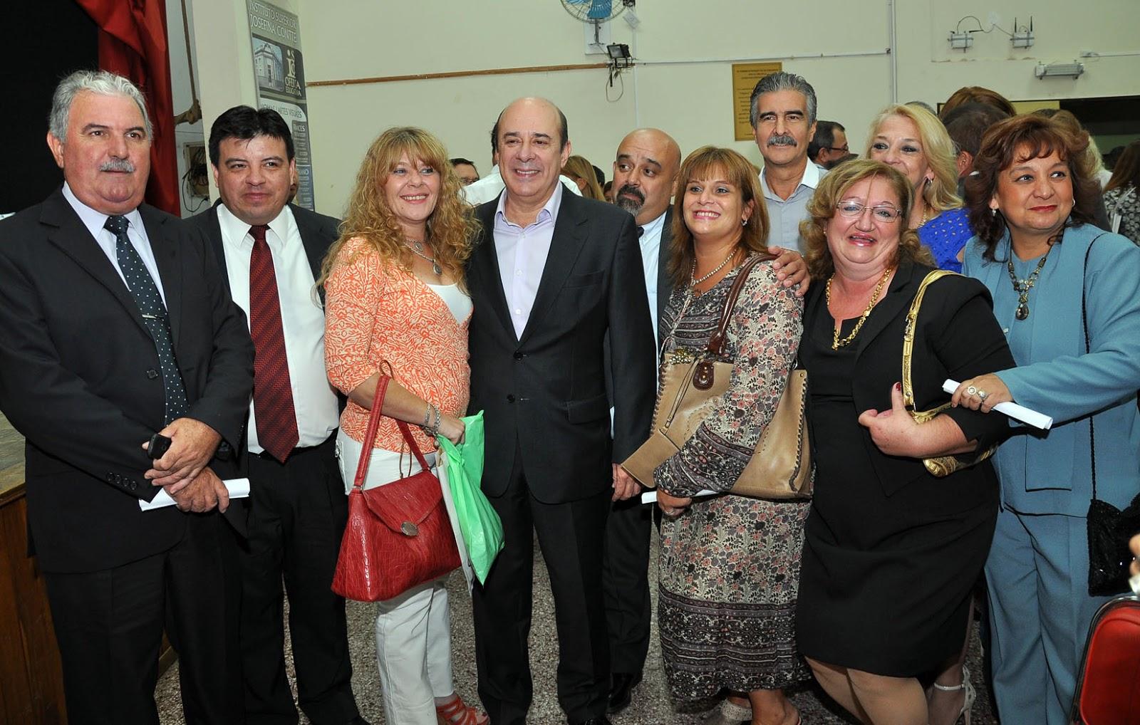 B ACTA DE REUNIÓN DE LA JUNTA DIRECTIVA DE