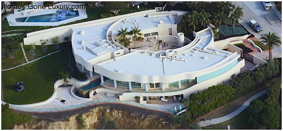 Mitt Romney S Massive Beachfront Mansion Is A Go La