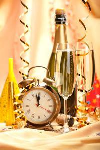 Как украсить новогодний стол - С Новым 2013 годом