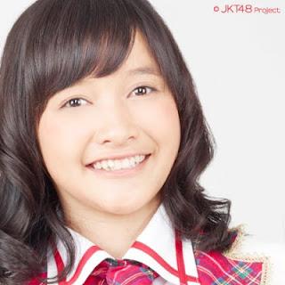 profil Devi Kinal Putri jkt48