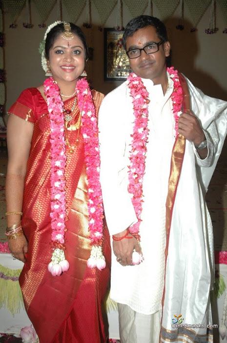 Director Selvaraghavan and Geethanjali Wedding Stills movie photos