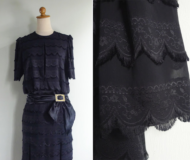 vintage 20's tassel scallop lace trim dress