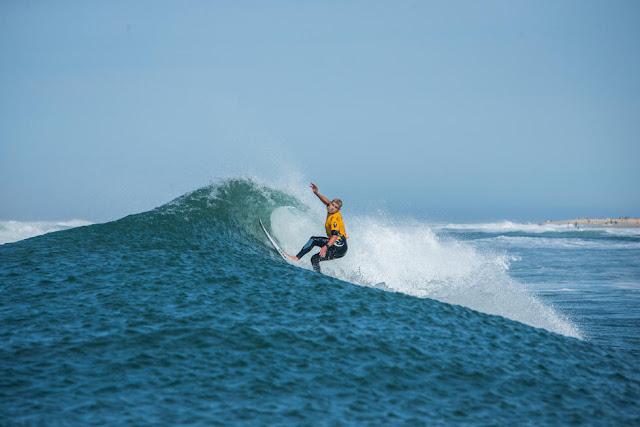 18 Mick Fanning AUS 2015 Quiksilver Pro France Fotos WSL Poullenot Aquashot