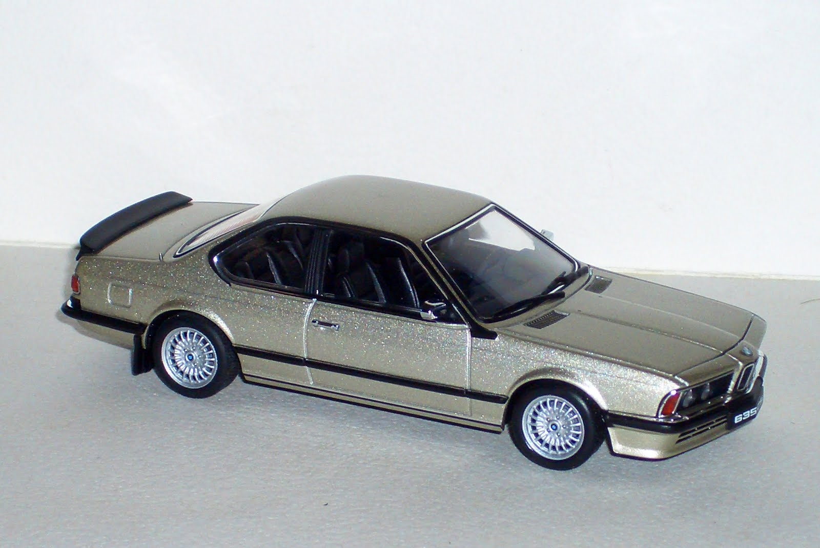 BMW 635 CSI E24 de Auto Art
