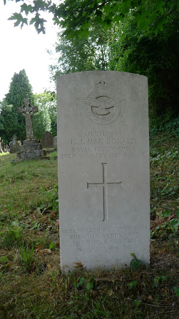 The grave of Lt L.J. Macdonald, RFC
