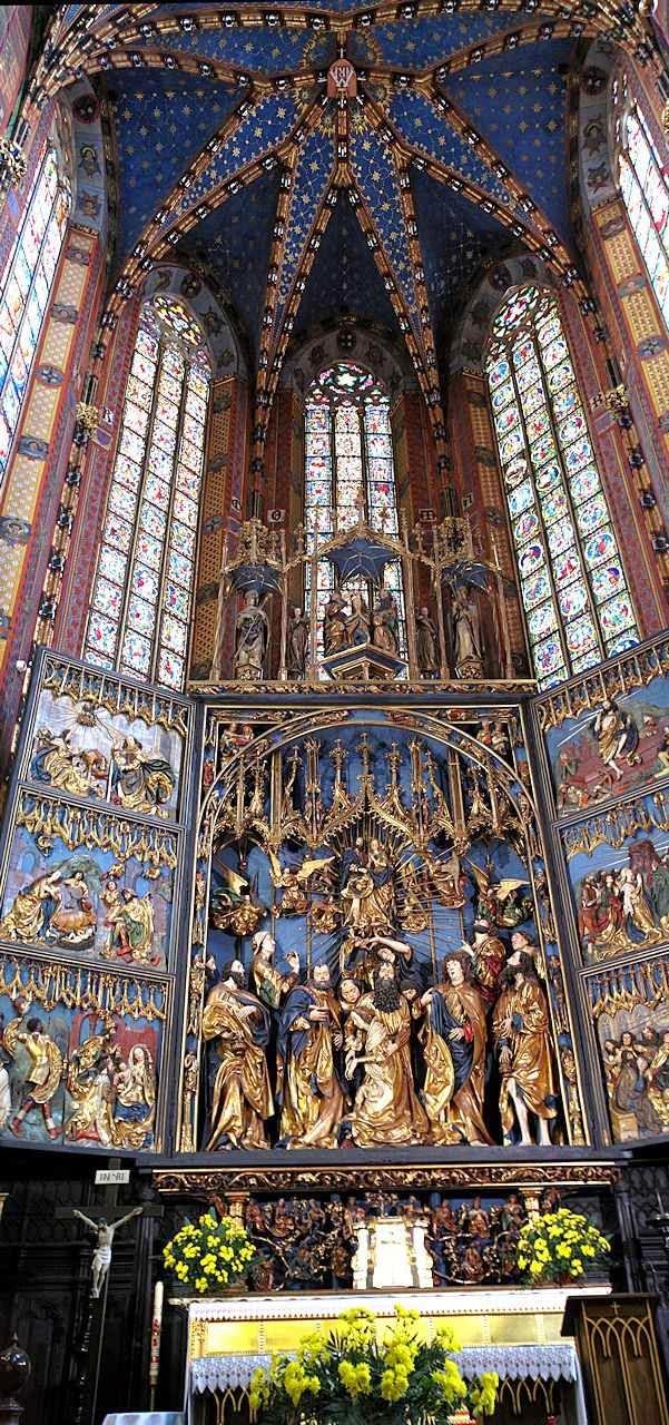 Altar mor da igreja de Nossa Senhora, Cracovia ©Luis Dufaur.