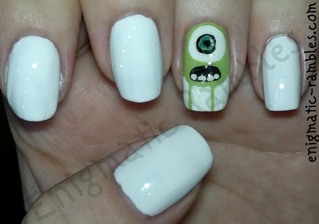 freehand-halloween-monsters-inc-mike-nails-nail-art