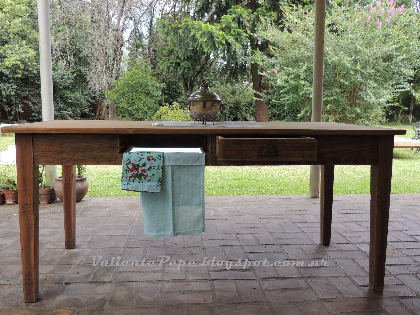 Antigua mesa de campo y sillas cerveceras valiente pepe - Mesa de campo ...