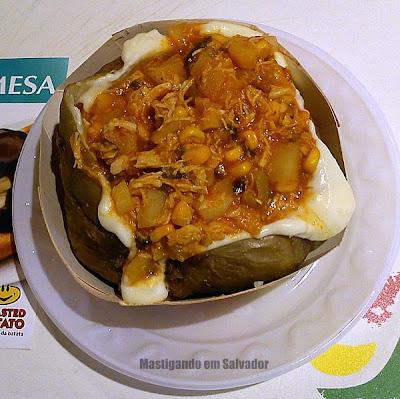 Roasted Potato: Batata com recheio sabor Galinha Picante