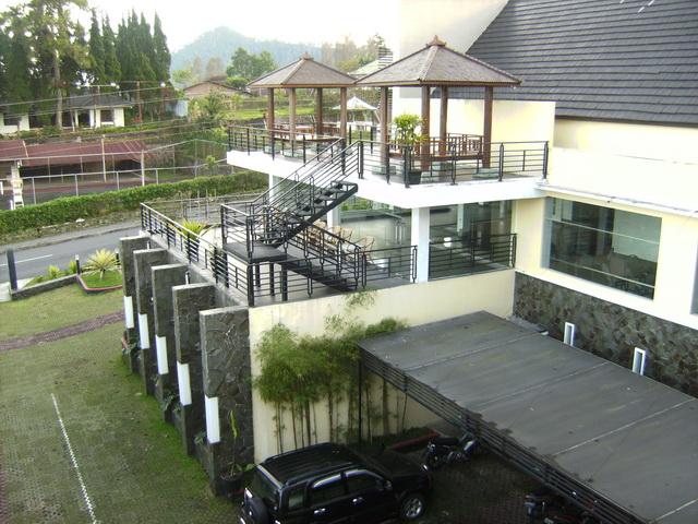 ... Alamat Dan Nomer telepon Hotel Losmen Penginapan Di Tawangmangu
