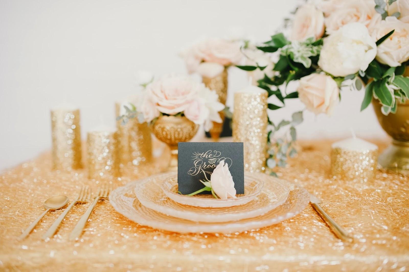 BOISERIE & C.: Scelte da un Matrimonio: Bianco Avorio e Oro