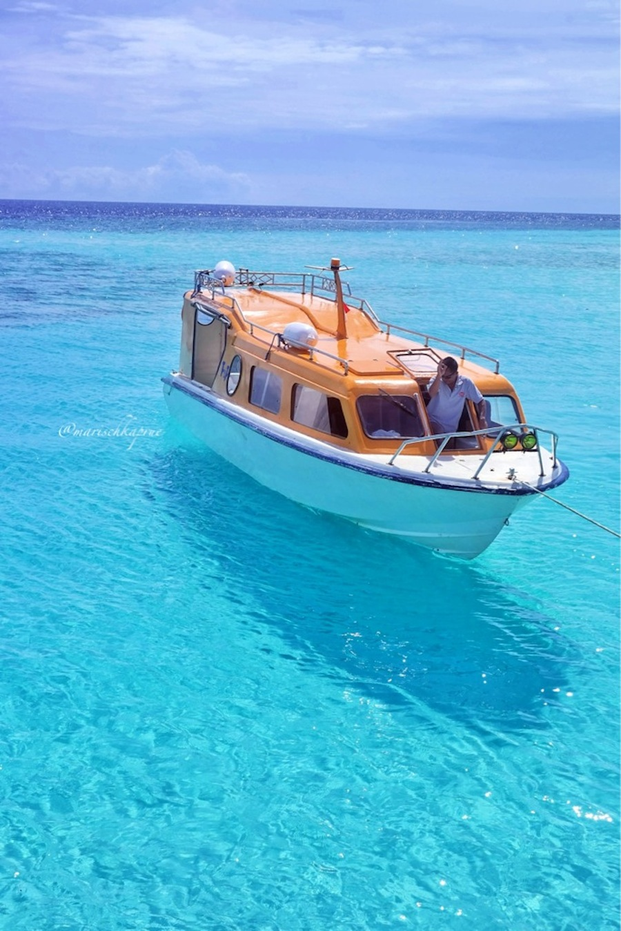 Maratua Paradise We Love Turquoise Sea Floor Life Is An Absurd