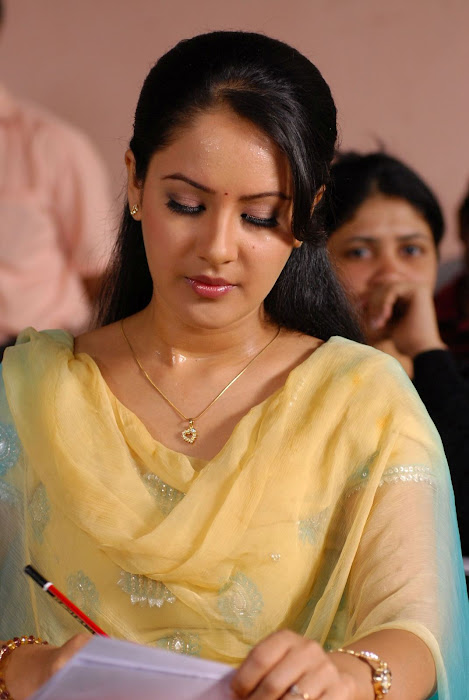 pooja bose in salwar kameez hot photoshoot