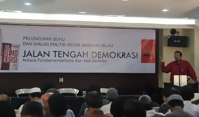 Jalan Tengah Demokrasi, Antara Fundamentalisme dan Sekularisme