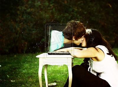 10 Cara Tetap Romantis Dalam Hubungan Jarak Jauh