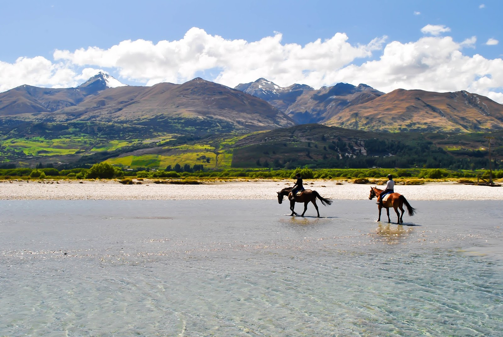 Things to do in Queenstown New Zealand : Lord of the Rings Horse Ride
