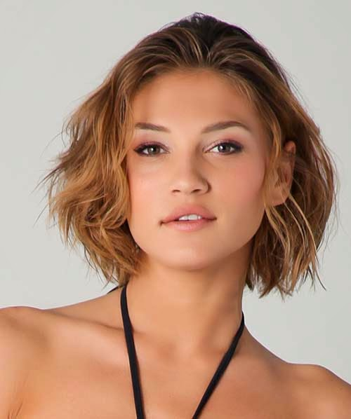 Short Hairstyles for Round Faces and Thick Hair 2014