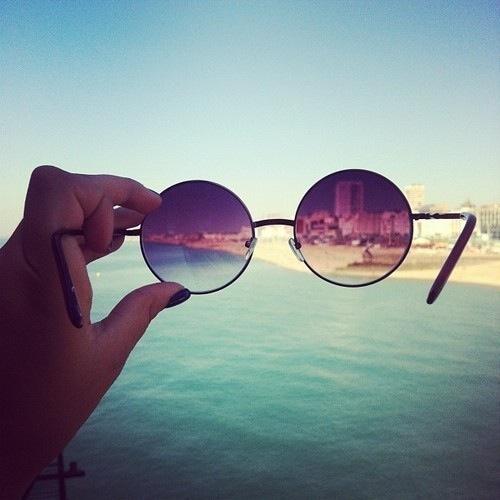 Nunca podrás cruzar el océano si no tienes el valor de perder de vista la orilla