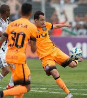 Corinthians empata com a Ponte Preta e mantém 5 pontos de vantagem na liderança do Brasileirão 2015