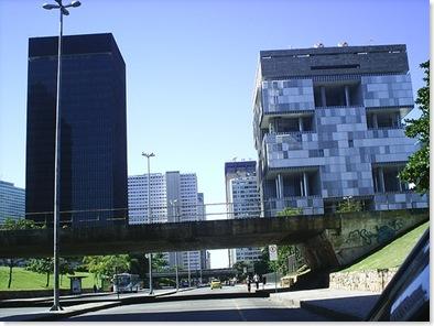 http://2.bp.blogspot.com/-gTHoj-mxum8/TxebtnO_9qI/AAAAAAAACHY/FBuhvBuqREc/s1600/avenida+chile.jpg