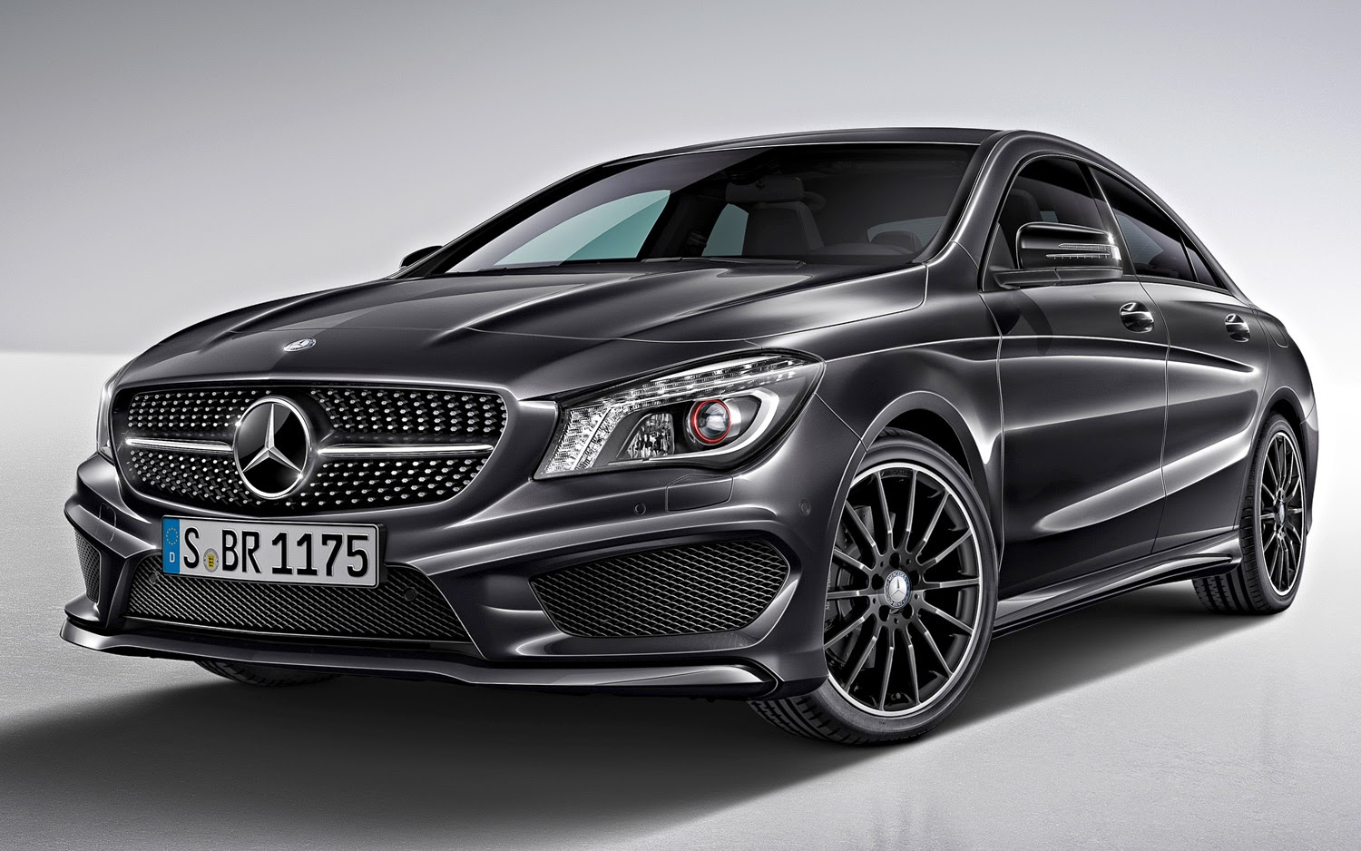 Mercedes benz cla 45 amg automotive cars evolution for Mercedes benze cla