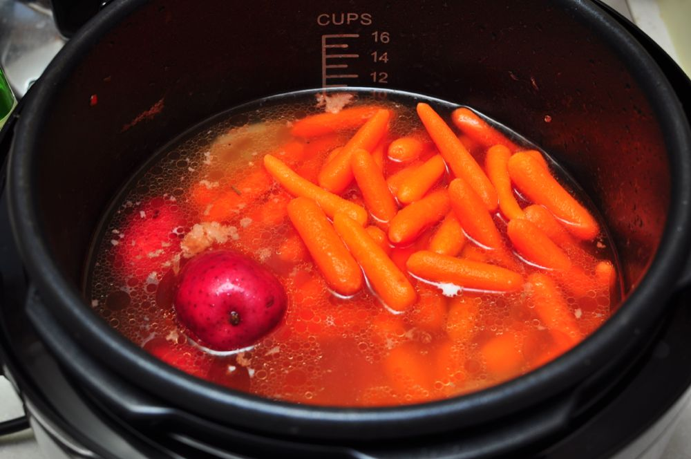 how to cook stewing beef in a pressure cooker