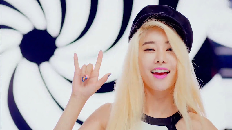 Girl's Day Sojin Ring My Bell