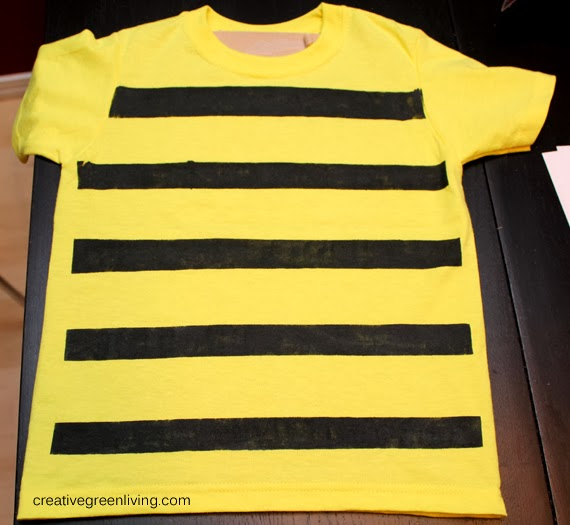 Bumble bee costume tutorial inexpensive no sew creative green bumble bee costume tutorial inexpensive no sew solutioingenieria Choice Image