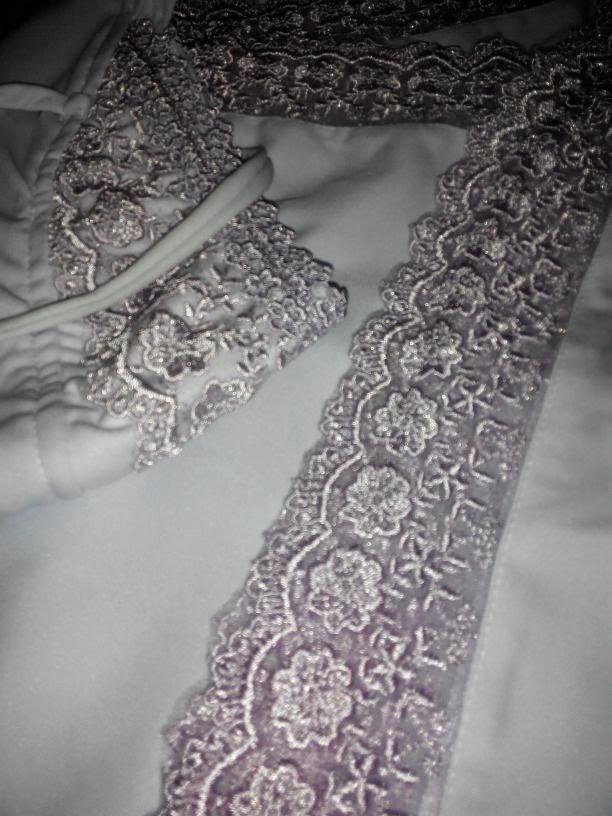 Telekung Lace net berwarna awfa