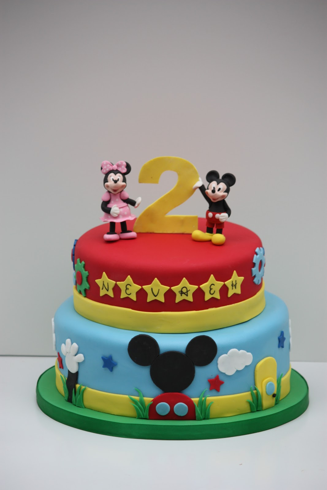 Connu Whimsical by Design: Mickey Mouse Clubhouse Cake AH49