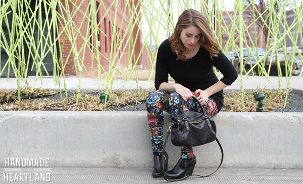 Fashion- Black Floral Leggings Outfit