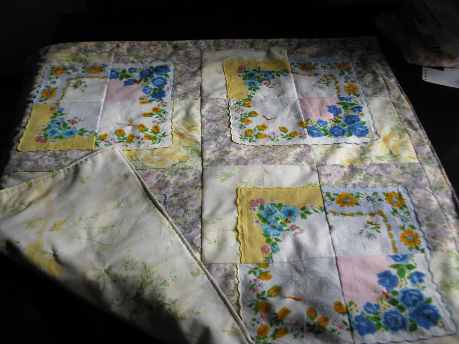 Vintage Baby Quilt Patterns Free : Simply Homemaking: Vintage Hankie Baby Quilt