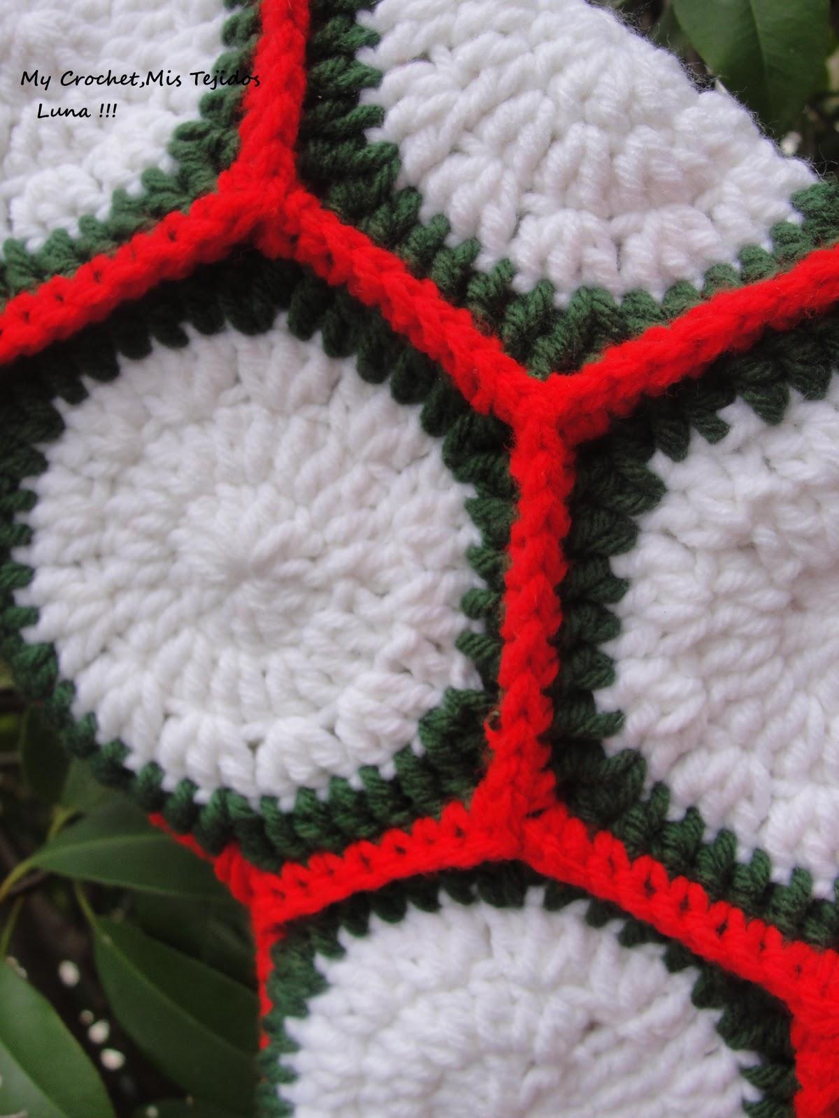 Christmas Stocking with The Crochet Pattern / Bota de Navidad con su ...