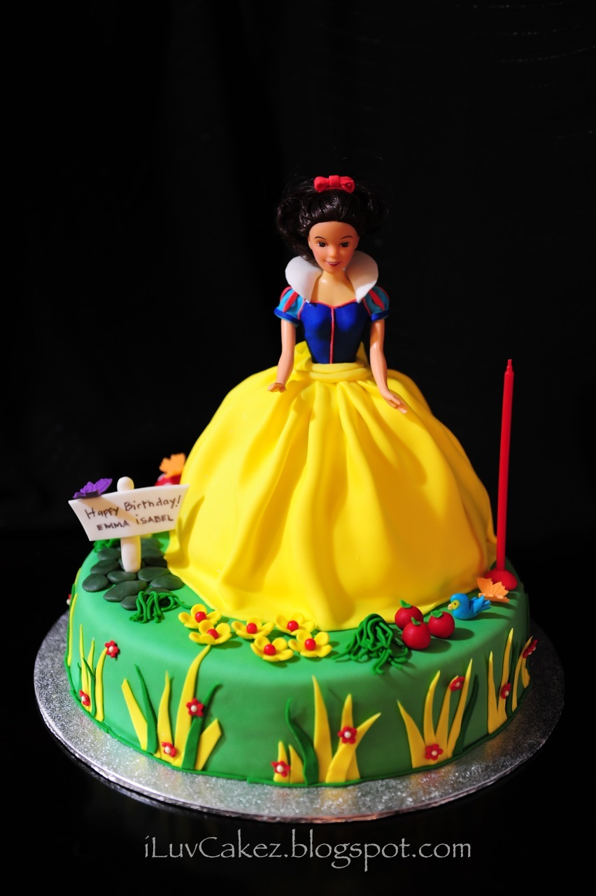 Iluv Cakez Snow White Doll Cake Emma Isabel S 1st Birthday Cake
