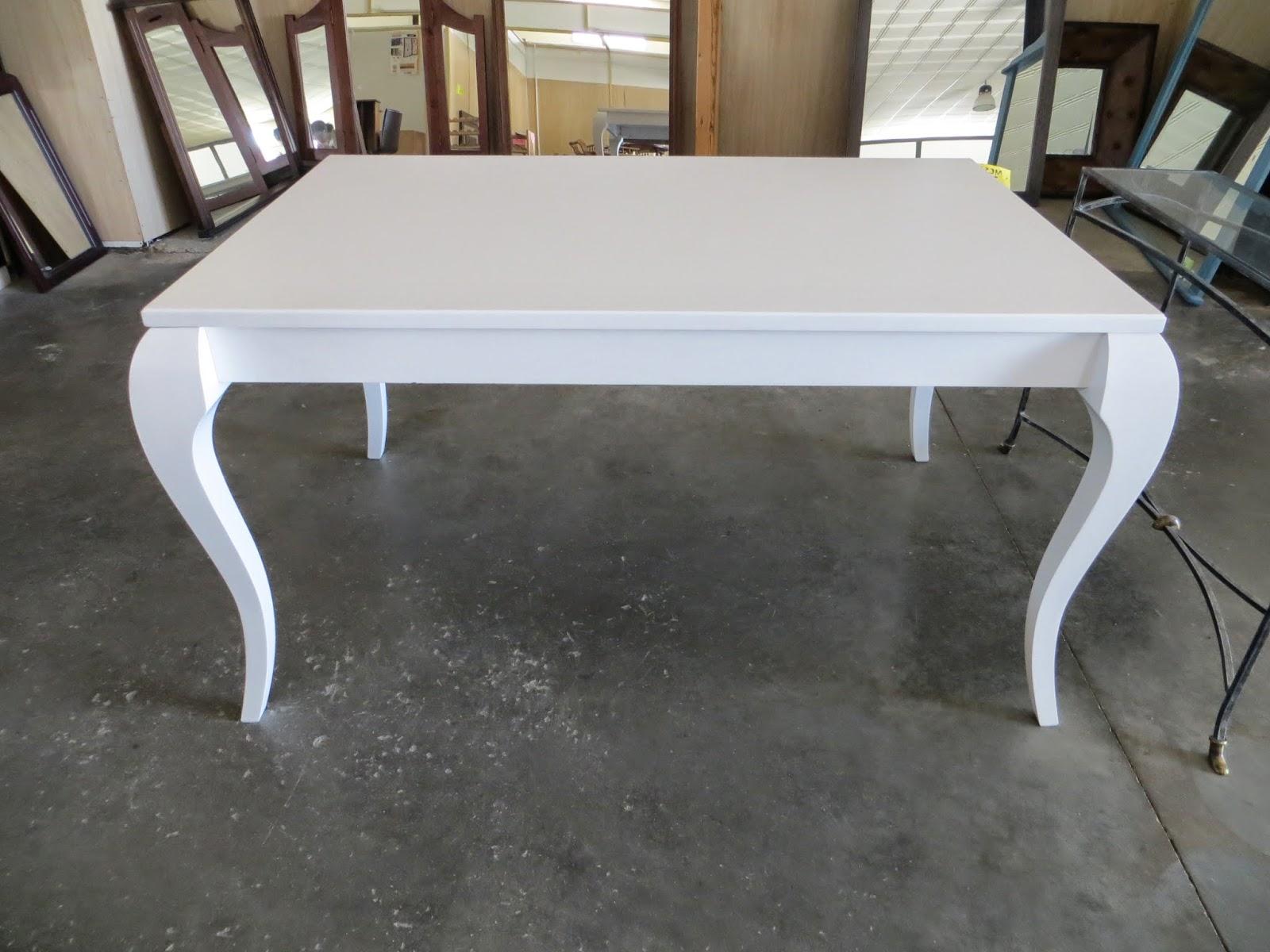 Muebles y art culos de decoraci n a precios chollo mesa for Mesa de exterior blanca