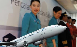 http://rekrutindo.blogspot.com/2012/03/garuda-indonesia-stewardess-recruitment.html
