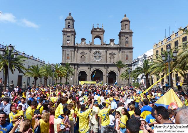 fotos actos UD Las Palmas ascenso primera división Santa Ana