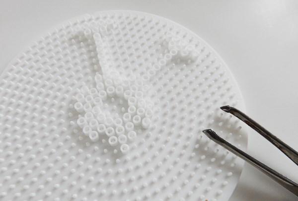 DIY : couvercles pour verres en perles Hama