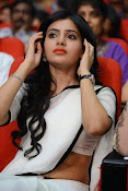 Samantha sizzling in white saree-thumbnail-6