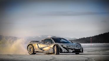 #32 McLaren Wallpaper