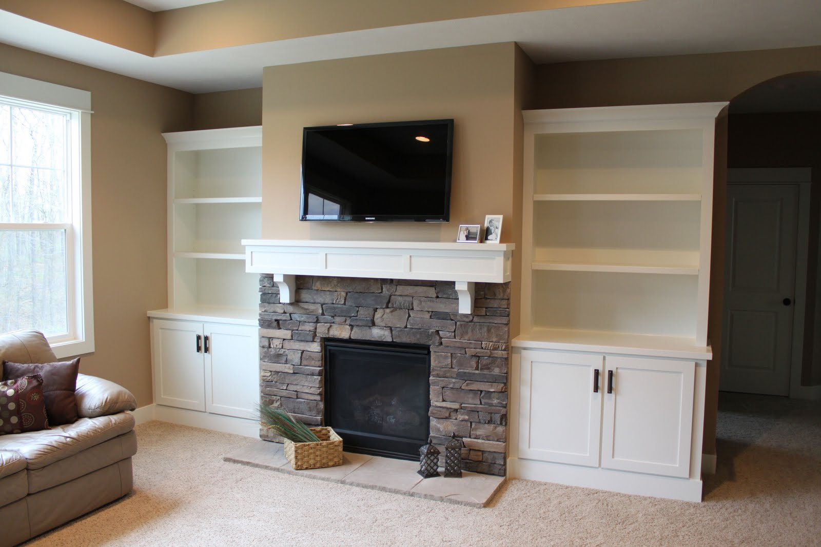 Becoming a mommy basement renovation for Do it yourself built in bookshelves