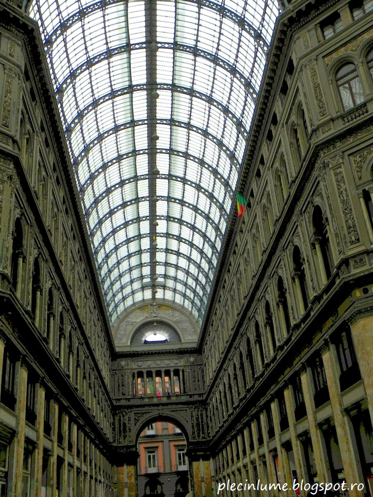 Galeria Umberto din Napoli