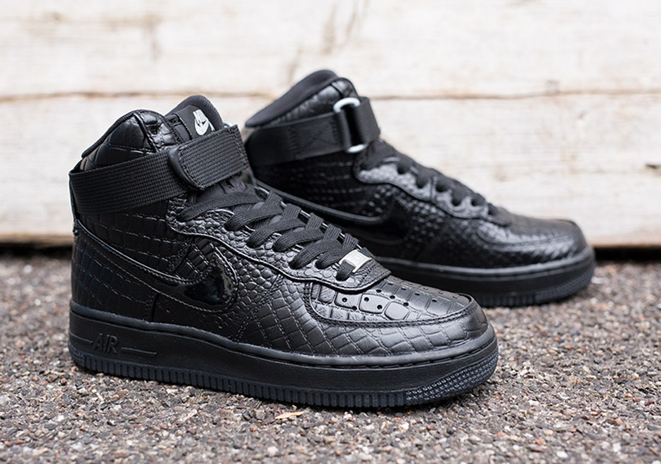 Black Nike Air Force 1 High On Feet