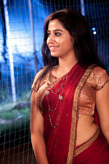 Swathi Deekshith hot in saree