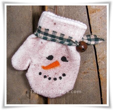 Primitive Snowman Mitten Ornie