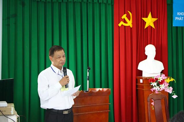 Phạm Văn Nhi - Phó chủ tịch Liên minh Hợp tác xã tỉnh Trà Vinh phát biểu tạ Hội thảo